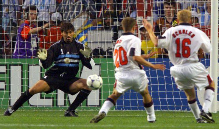 30 июня 1998 года. Сент-Этьен. Аргентина - Англия - 2:2 (пен. - 4:3). Гол Майкла ОУЭНА. Фото REUTERS