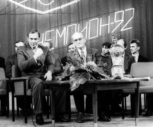 1992 год. Олег РОМАНЦЕВ (слева).