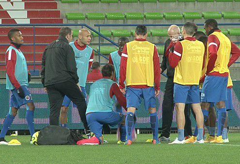 """Игроки """"Кана"""". Фото smcaen.fr"""