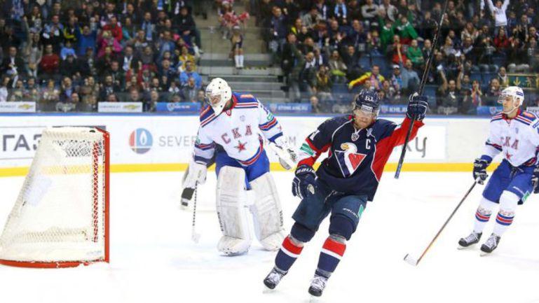 """""""Слован"""" перед Новым годом уступил на своем льду СКА - и постарается зацепиться за игру в Загребе. Фото hcslovan.sk"""