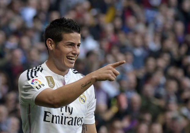 """Суббота. Мадрид. """"Реал"""" - """"Эспаньол"""" - 3:0. 12-я минута. Только что Хамес РОДРИГЕС после блестящей комбинации """"Королевского клуба"""" открыл счет. Фото AFP"""