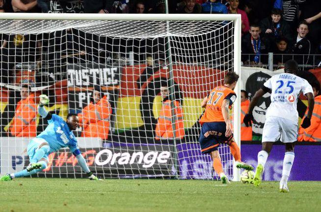"""Пятница. Монпелье. """"Монпелье"""" – """"Марсель"""" – 2:1. Потерпев поражение, марсельцы утратили лидерство, пропустив вперед """"Лион"""". Фото AFP"""