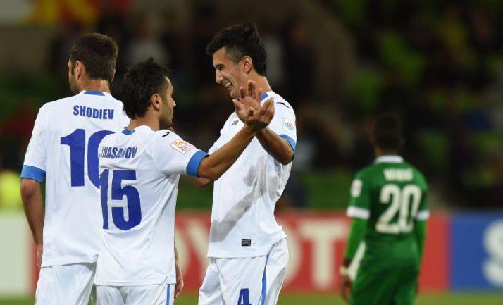 18 января. Мельбурн. Узбекистан - Саудовская Аравия - 3:1. Сардор РАШИДОВ празднует гол в ворота аравийцев. Фото AFP