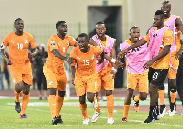 Сегодня. Малабо. Кот-д'Ивуар - Мали - 1:1. 87-я минута. Нападающий ивуарийцев Макс ГРАДЕЛЬ (№15) забил ответный гол. Фото AFP
