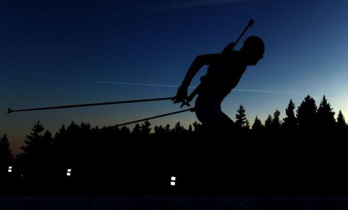 Сегодня. Нове-Место. Антон ШИПУЛИН финишировал в спринте шестым, отдалившись от первой строчки в общем зачете. Фото AFP