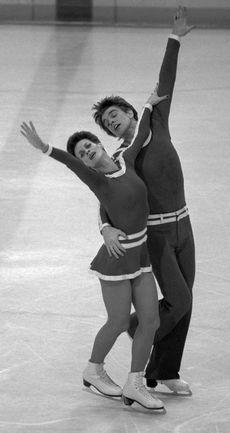 Февраль 1980 года. Белая Олимпиада в Лейк-Плэсиде. Бронзовые призеры в танцах на льду Ирина МОИСЕЕВА и Андрей МИНЕНКОВ. Фото ТАСС