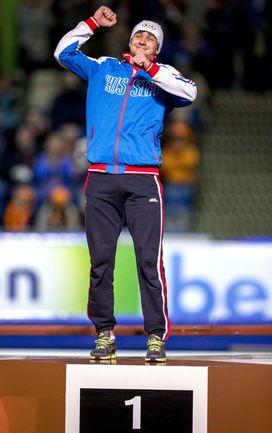 Пятница. Херенвен. Денис ЮСКОВ - чемпион! Фото AFP