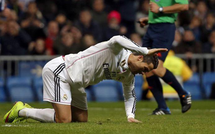 """Суббота. Мадрид. """"Реал"""" - """"Депортиво"""" - 2:0. Нападающий """"Реала"""" КРИШТИАНУ РОНАЛДУ не смог реализовать голевой момент. Фото REUTERS"""