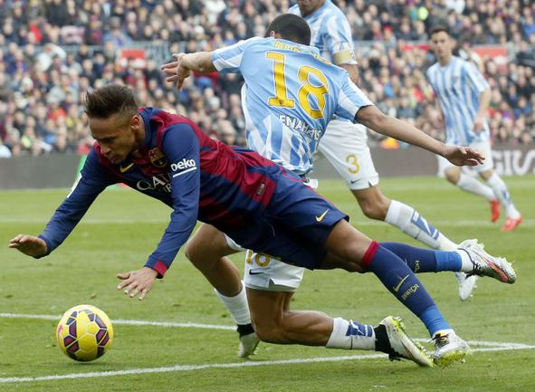 """Суббота. Барселона. """"Барселона"""" - """"Малага"""" - 0:1. НЕЙМАР и компания в этой игре остались без голов. Фото REUTERS"""