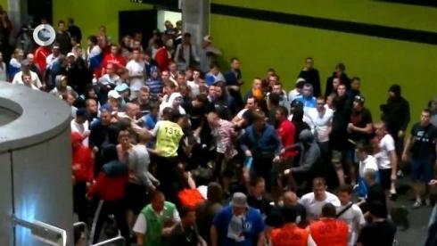 Российские болельщики избили стюардов