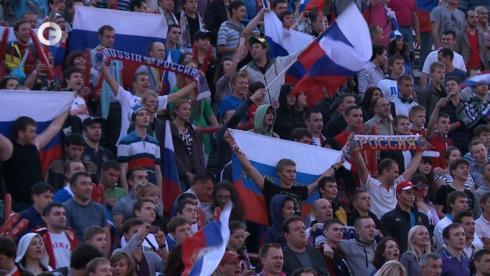 БОЛЬНЫЕ ФУТБОЛОМ: Россия против Польши