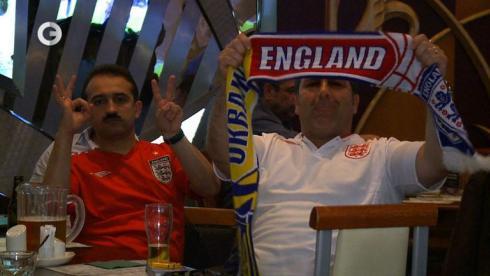 БОЛЬНЫЕ ФУТБОЛОМ: Англия против Италии