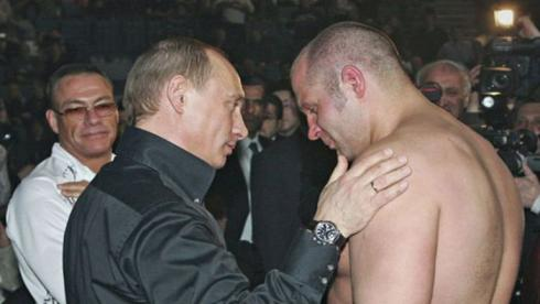 ДОБАВИТЬ В ИЗБРАННОЕ: Емельяненко сломал Путину планы