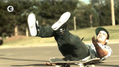 Skateboarding - самые эффектные падения