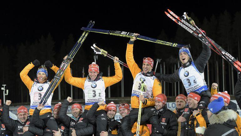 Мужская сборная Германии - победитель эстафетной гонки в Контиолахти.