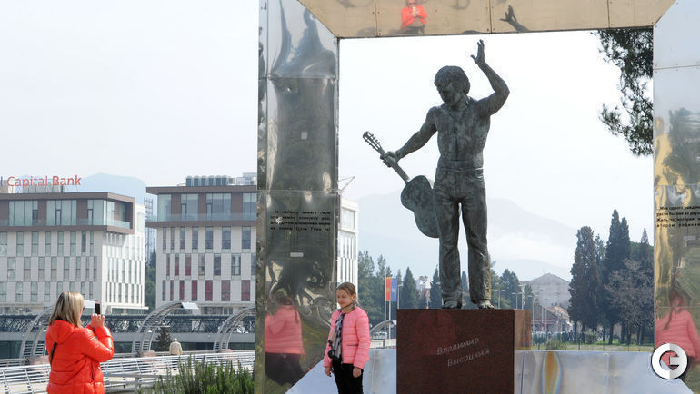 Пушкин и Высоцкий - любимые поэты в Черногории
