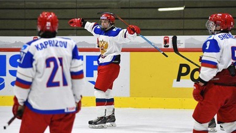 Сборная России одержала вторую победу на ЮЧМ-2015. Фото iihf.com