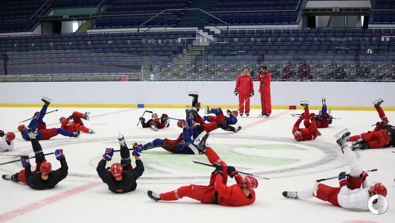 Сборная России готовится к первому матчу на ЧМ-2015