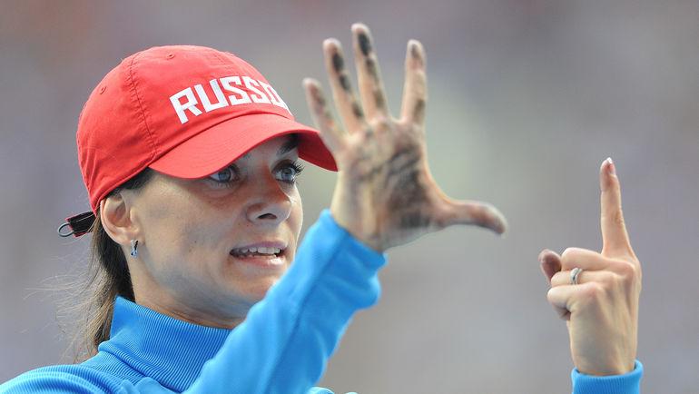 Международный квалификационный норматив для Елены ИСИНБАЕВОЙ и других прыгуний с шестом на Игры-2016 составляет 4,50. Фото Федор УСПЕНСКИЙ, «СЭ»