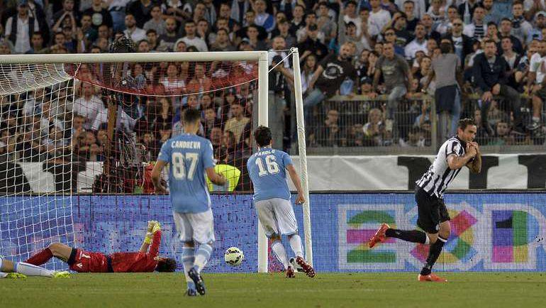 """Вчера. Рим. """"Ювентус"""" - """"Лацио"""" - 2:1 д.в. 97-я минута. Только что Алессандро МАТРИ (справа) провел победный гол. Фото AFP"""