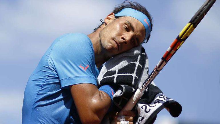 Вторник. Париж. Новак Джокович не только заставил как следует попотеть Рафаэля НАДАЛЯ, но и, наконец, обыграл его на Roland Garros. Фото AFP