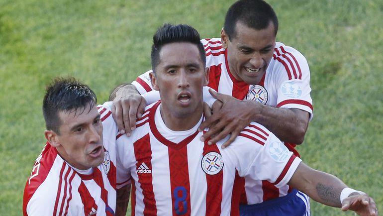 Экс-спартаковец Барриос принес Парагваю ничью с Уругваем