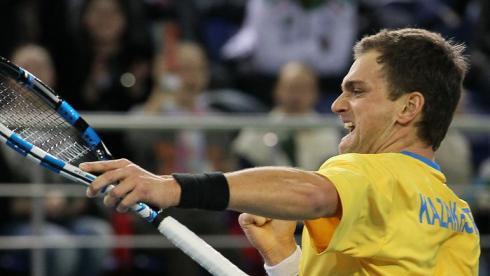 Александр Недовесов вышел в третий круг квалификации Уимблдонского турнира