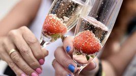 На Уимблдоне клубнику запивают шампанским