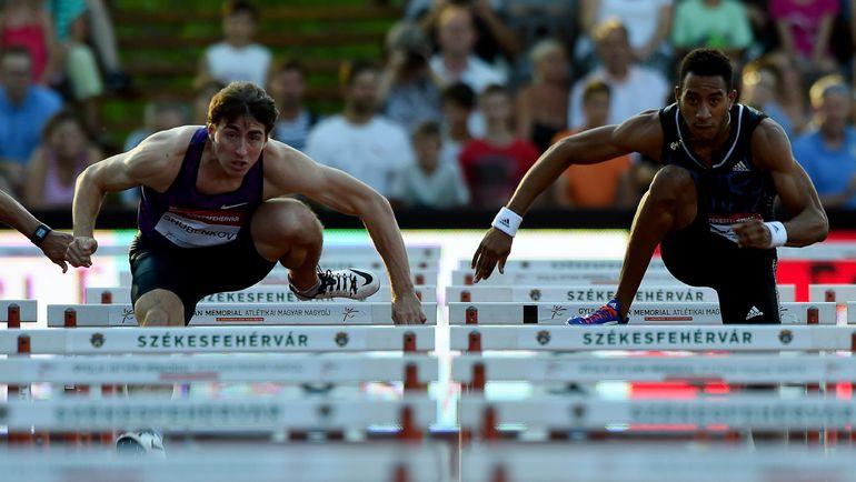 7 июля. Секешфехервар. Сергей ШУБЕНКОВ (слева) и Орландо ОРТЕГА   во время забега на Hungarian Athletics Grand Prix. Фото AFP