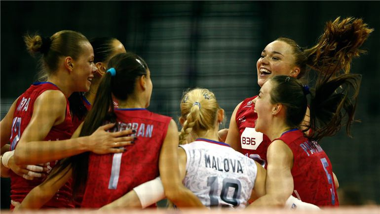 Четверг. Омаха. Бразилия - Россия - 0:3. Россиянки одолели бразильянок впервые с 2010 года. Фото fivb.org