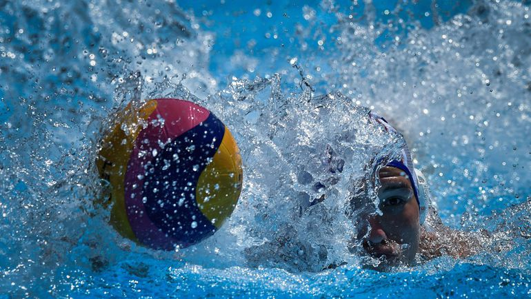 Два шанса для поло Фото AFP