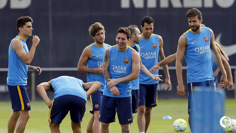 """Месси с """"Барселоной"""" на тренировке в Испании"""