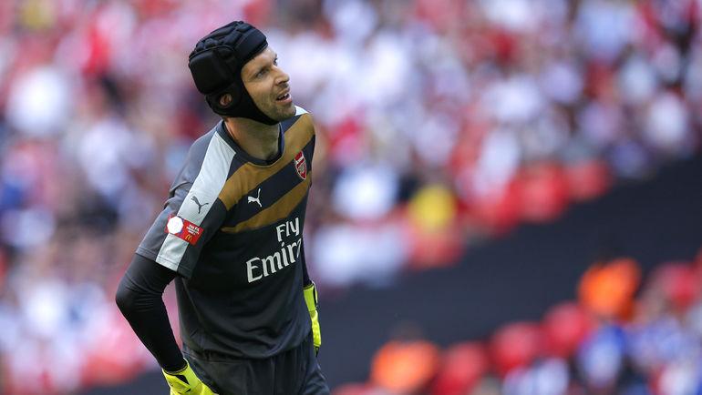 """Голкипер """"Арсенала"""" Петр ЧЕХ. Фото Reuters"""