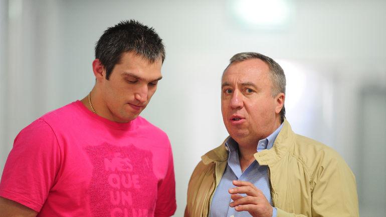 """Нападающий """"Вашингтона"""" Александр ОВЕЧКИН (слева) и Андрей САФРОНОВ. Фото Антон СЕРГИЕНКО, """"СЭ"""""""