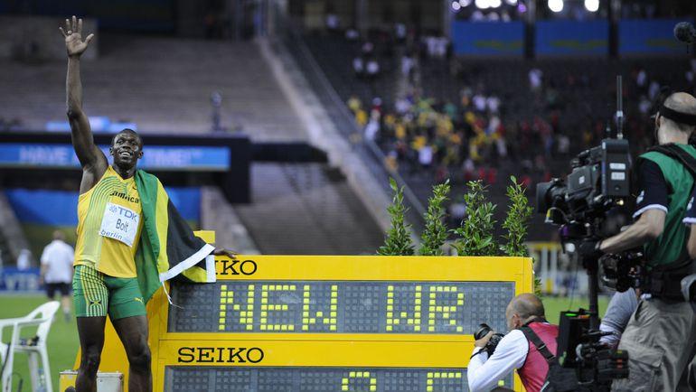 2009 год. Берлин. Усэйн БОЛТ и его феноменальный мировой рекорд 9,59. Фото AFP