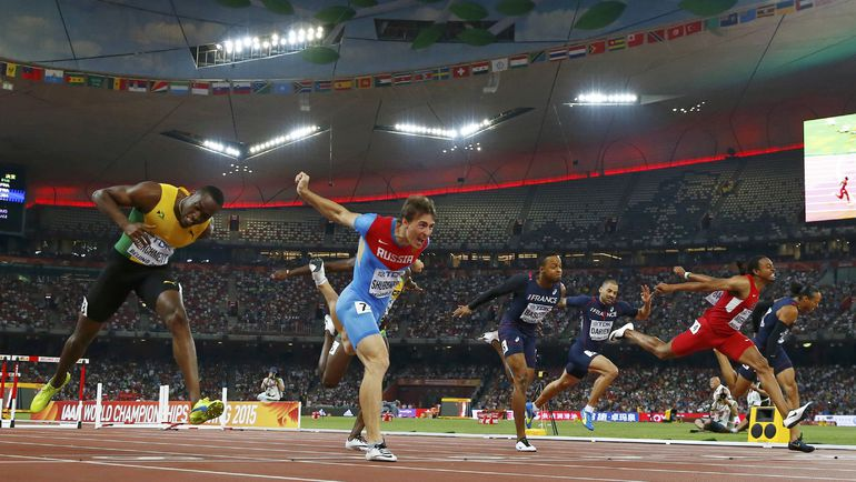 Пятница. Пекин. Золотой финиш Сергея ШУБЕНКОВА (второй слева). Фото Reuters