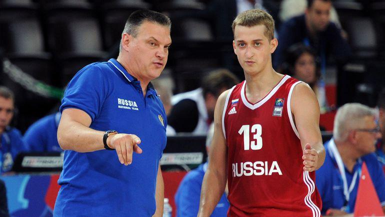 Евгений ПАШУТИН и Дмитрий ХВОСТОВ. Фото AFP