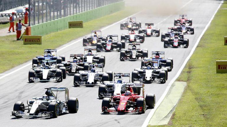 "Старт ""Гран-при Италии"". Фото REUTERS"
