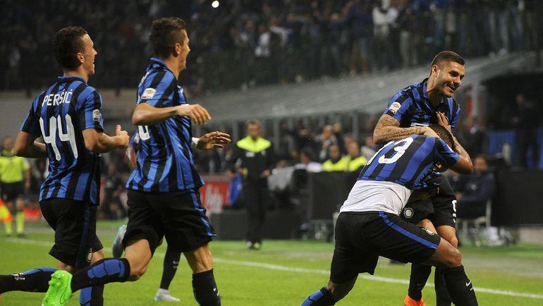 """Вчера. Милан. """"Интер"""" - """"Милан"""" - 1:0. В первом дерби сезона черно-синие одержали победу и возглавили таблицу серии А. Фото REUTERS"""