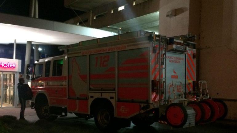 """Пожарные в Вольфсбурге. Фото Дмитрий СИМОНОВ., """"СЭ"""""""
