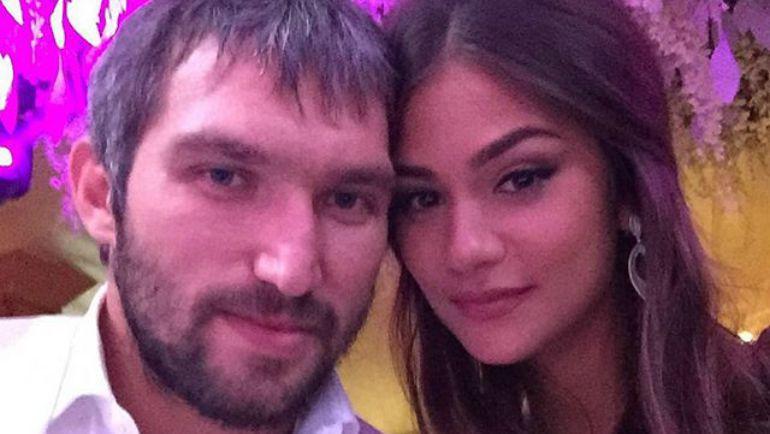 Александр ОВЕЧКИН сделал предложение своей девушке. Фото https://instagram.com/aleksandrovechkinofficial/