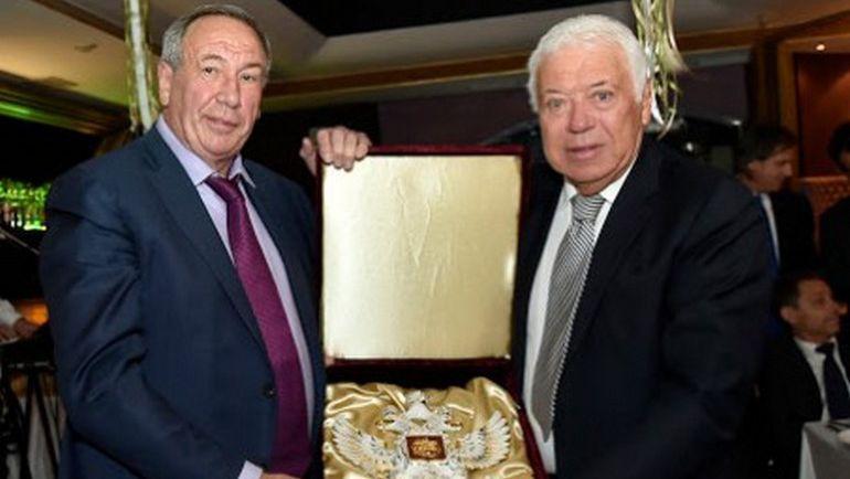 Шамиль ТАРПИЩЕВ (слева) в Иркутске. Фото Федерация тенниса России