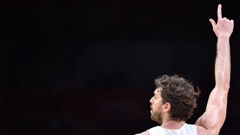 Воскресенье. Лилль. Испания - Литва - 80:63. Поу ГАЗОЛЬ. Фото AFP