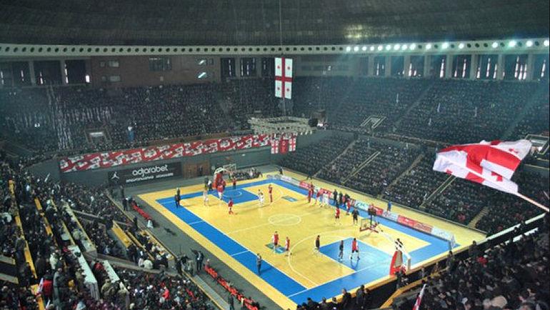 8 тысяч зрителей на матче Международной студенческой баскетбольной лиги в Тбилиси. Фото Единая студенческая лига