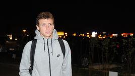 Понедельник. Шереметьево. Павел МАМАЕВ вместе с Александром Кокориным опоздал на 15 минут.
