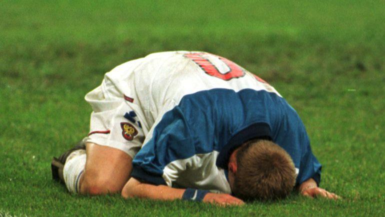 9 октября 1999 года. Россия - Украина - 1:1. Александр ПАНОВ после матча. Фото Дмитрий СОЛНЦЕВ