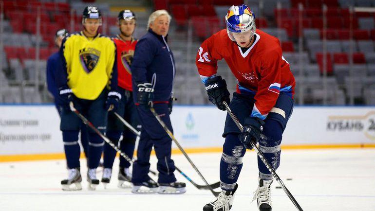 Сегодня. Сочи. Даниил КВЯТ на льду. Фото Red Bull