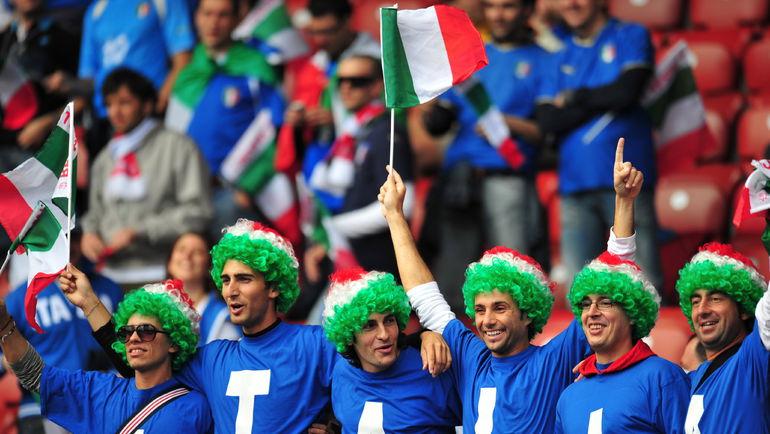 Итальянцы, скорее всего, могут праздновать выход на Euro. Фото REUTERS