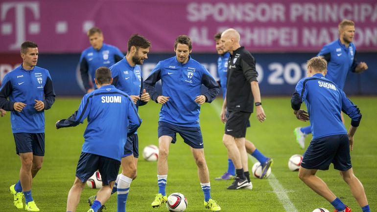 Среда. Бухарест. Тренировка сборной Финляндии. Фото REUTERS