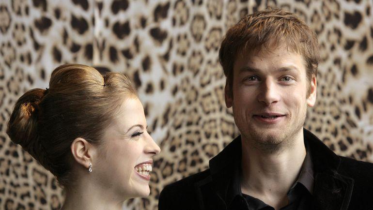 Каролина КОСТНЕР и Алекс ШВАЦЕР в 2009 году. Фото REUTERS